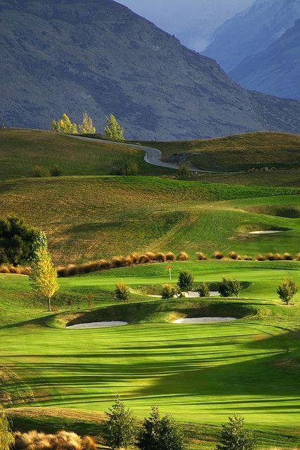新西兰公开赛的主场是Arrowtown附近的Hills高尔夫球场。
