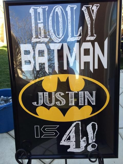 闪闪发光和时尚活动的生日/蝙蝠侠 - 图片库在Catch My Party
