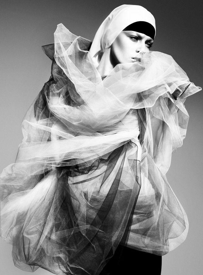Sister Act   Masha Novoselova   Miguel Reveriego #photography   Vogue Germany April 2008