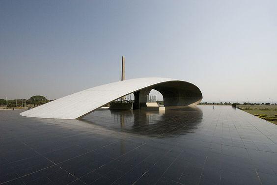 Ministry of Defense Complex Brasilia  Rostrum  Architect: Oscar Niemeyer 1968