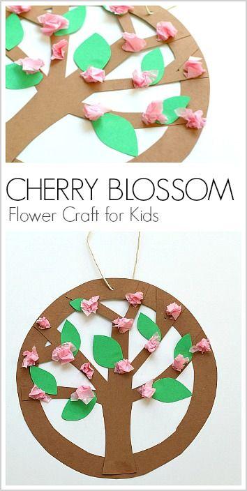 这里有一棵可以展示在墙上或悬挂在窗户或天花板上的儿童树花。你甚至可以将树木工艺改造成类似苹果花,樱花或其他树木!