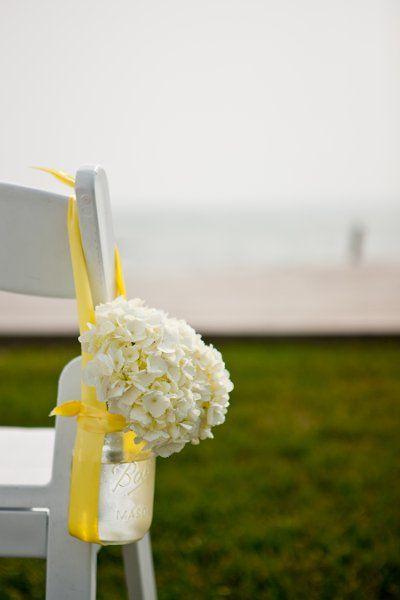 梅森Jar过道标记由亨德里克森摄影婚礼 - 梅森罐过道标记的想法,可以在整个装饰重用!