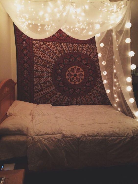 看看圣诞节卧室装饰想法的美好的收藏。我们已经收集了30张卧室装饰理念的圣诞节照片。