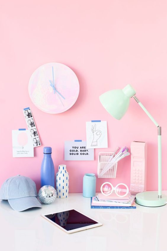 Holographic Clocks, Rainbow Letter Boards + More DIYs to Make This Weekend | Brit + Co
