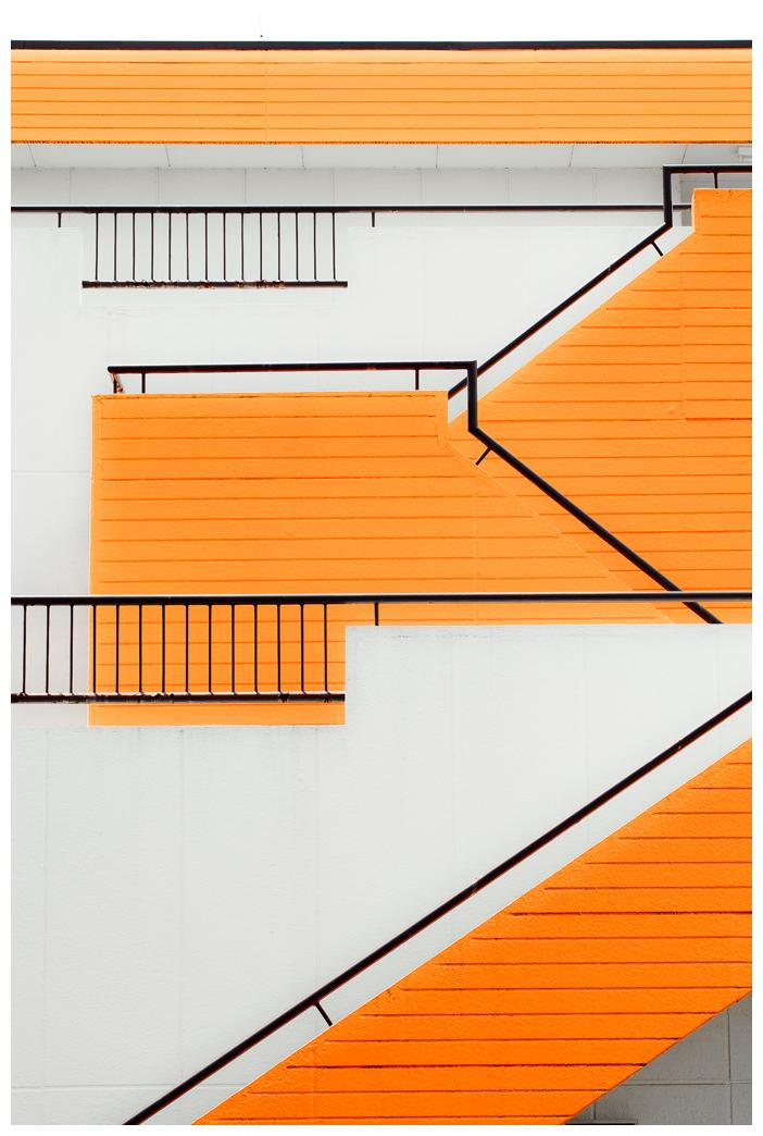 橙色的楼梯