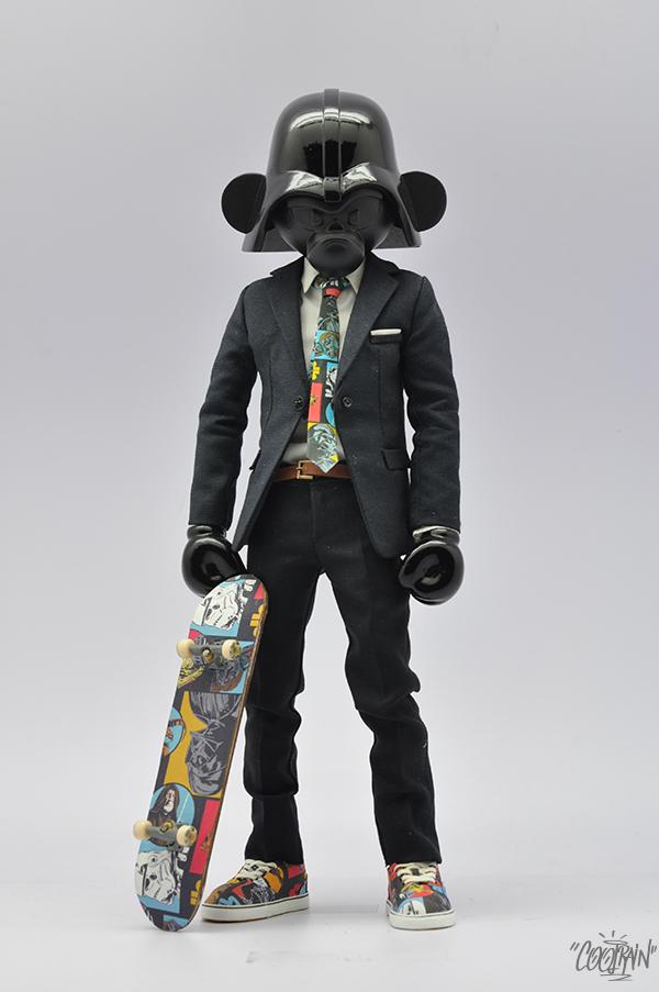 韩国艺术家Coolrain Lee的人物设计和玩具雕刻作品。通过Behance提供更多玩具设计