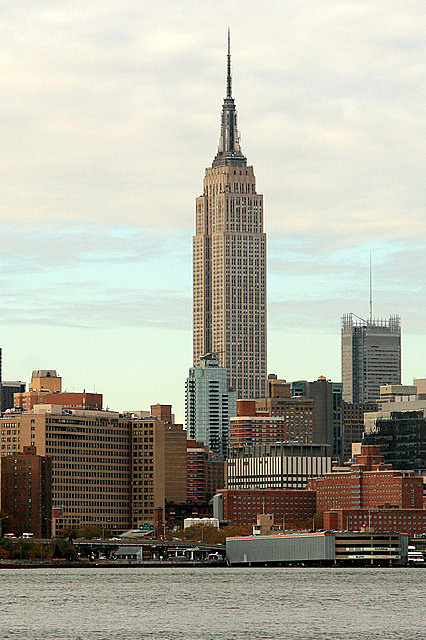 AD Classics: Empire State Building / Shreve, Lamb and Harmon, (2005). Image © Wikimedia user robertpaulyoung (licensed under CC BY-SA 2.0)
