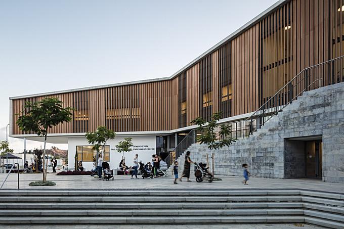 Rehovot Community Center  / Kimmel Eshkolot Architects