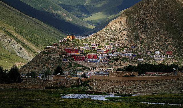 Drogon Gonpa དྲོ་ དགོན་པ་, Tibet