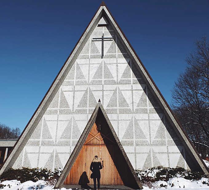 Triangular Door to Heaven