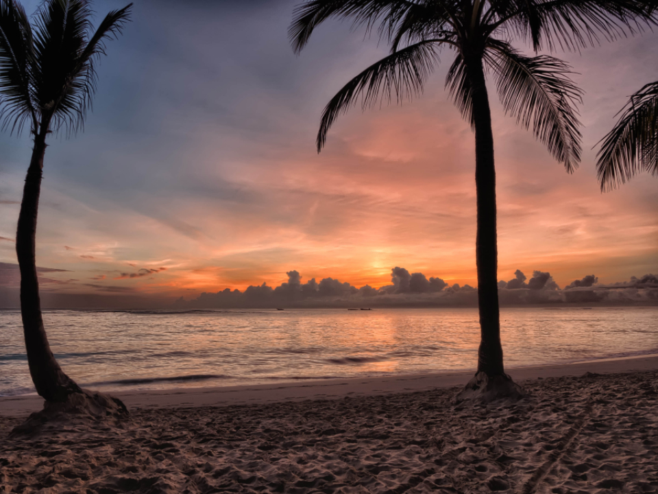 tropical,  beach,  sunset,  sky,  clouds,  vacation,  travel,  relax,  sand,  ocean,  shore,  coast,  sea,  water,  dusk,  palm trees,  beautiful,  wallpapers