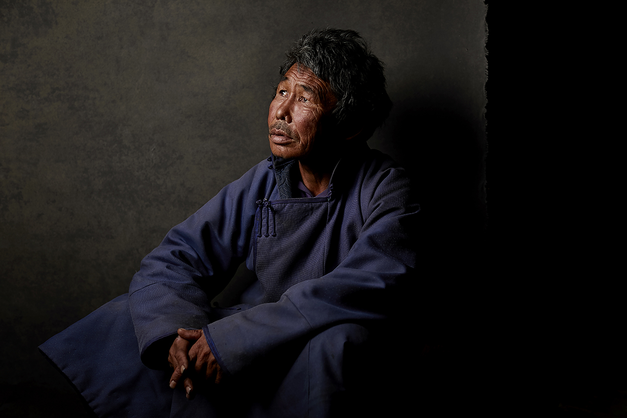 Into The Intimacy of Doukha People with Shed Mojahid