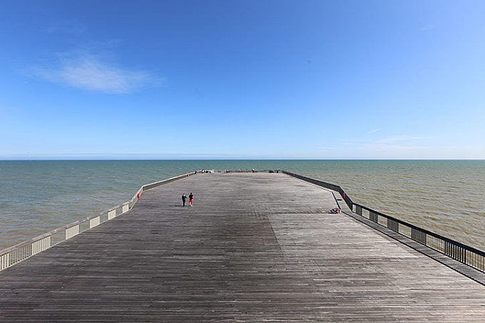 Hastings Pier, nicknamed The Plank, wins Stirling Prize for UK's best new building