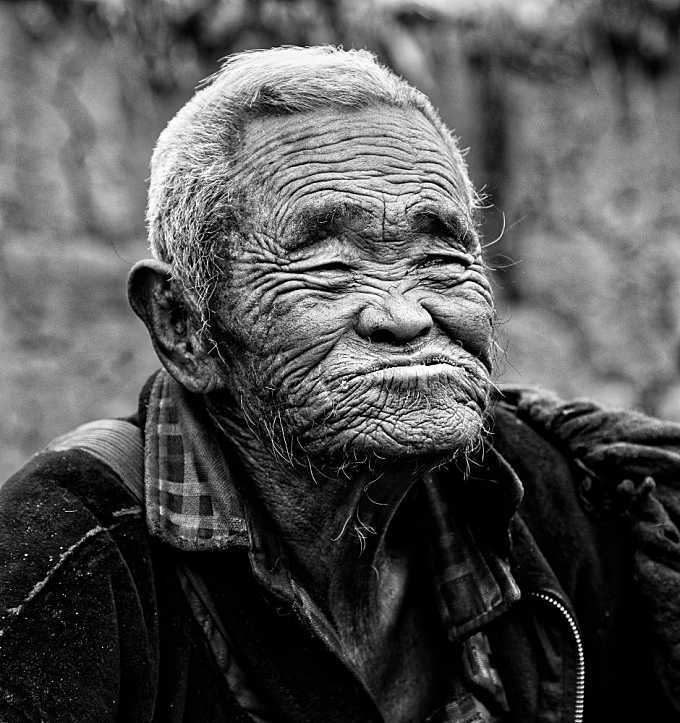 PORTRAITS OF SICHUAN - 49935BW