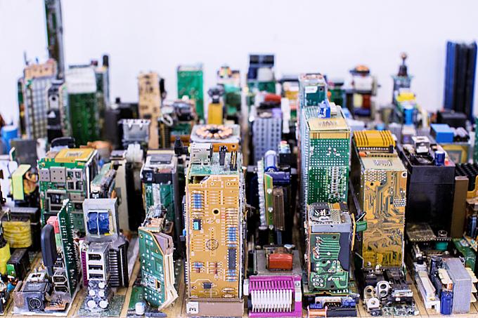 Breathtaking Electronic Reduced Model Of Manhattan
