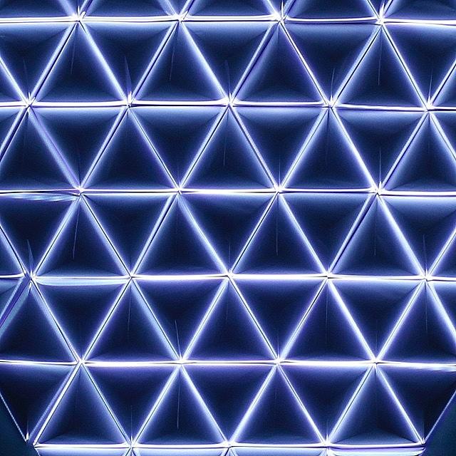 Triangular Grid // #WillpowerStudios