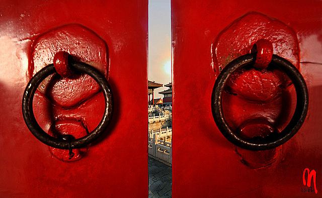 Phot.Beijing.Forbidden.City.Portal.01.110830.8106.jpg