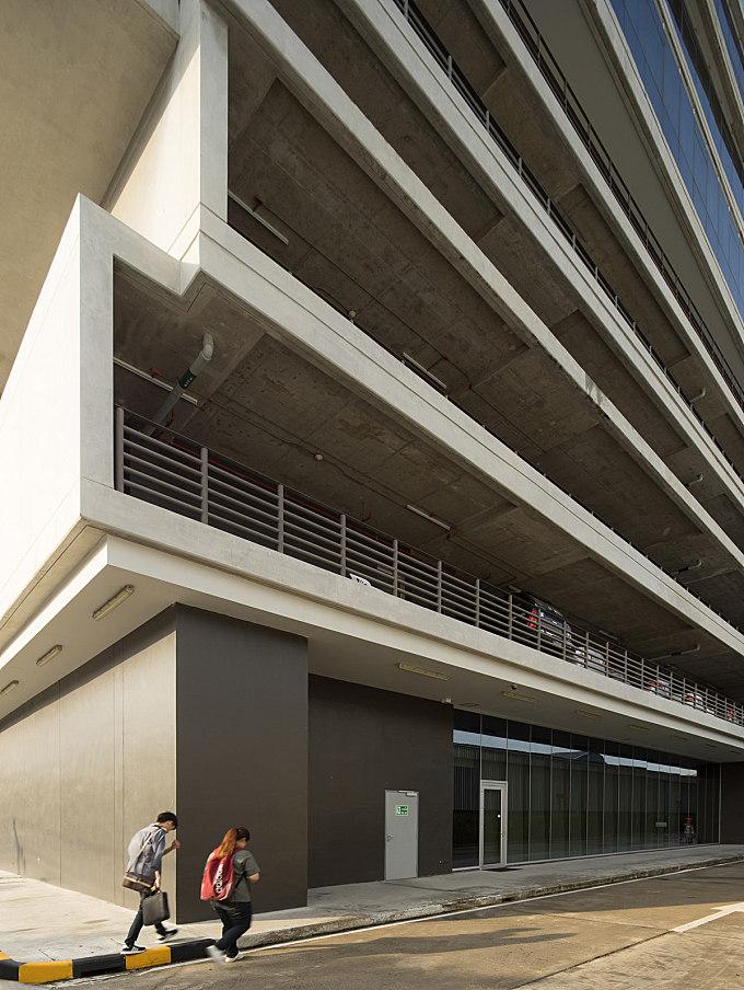 OSOTSPA OFFICE BUILDING / PLAN ARCHITECT