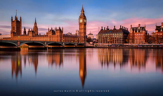 London: Sunrise on the River Thames