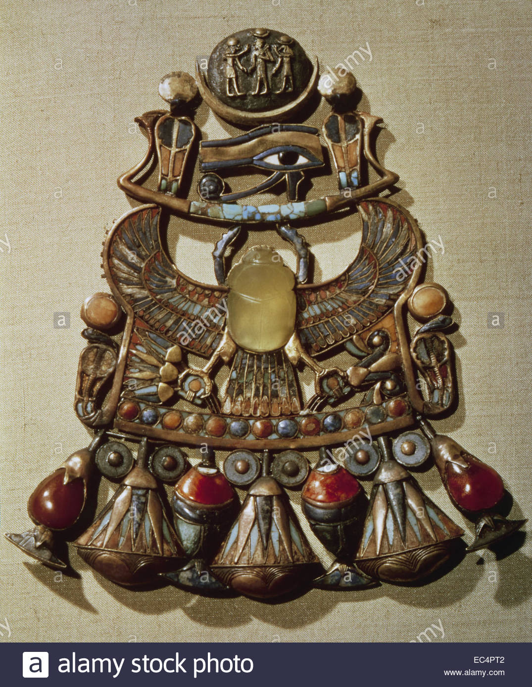 Egyptian art. Tutankhamun's pectoral with solar and lunar emblem and Scarab. Dynasty 18. 1332-1322 BC. New Kingdom - Stock Image