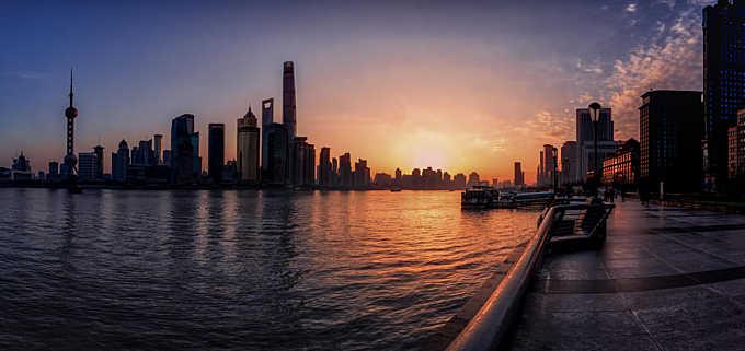 Sunrise on Shanghai