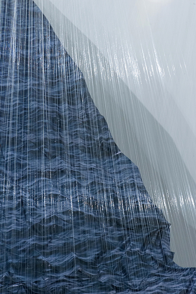 Impressive Waves Installations By Miguel Rothschild