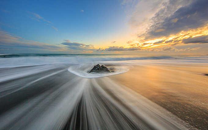 Coast Wave Patterns