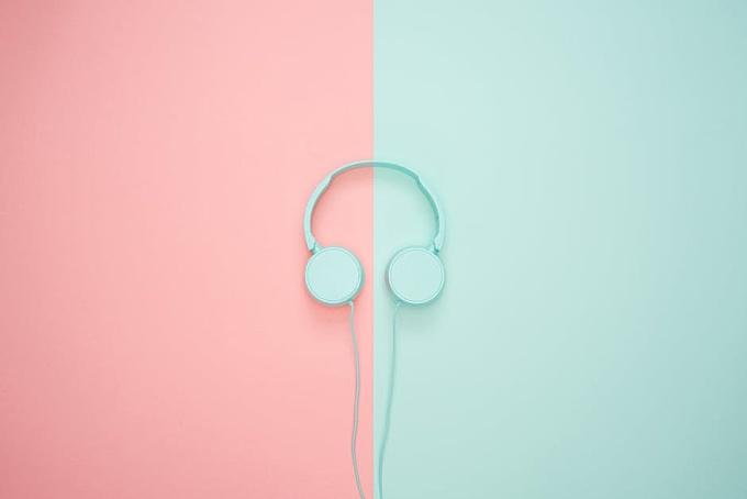 White Headphone