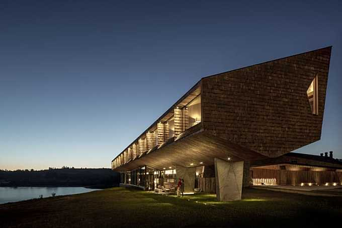 Mobil Arquitectos, James Florio Photography · Hotel Tierra Chiloe