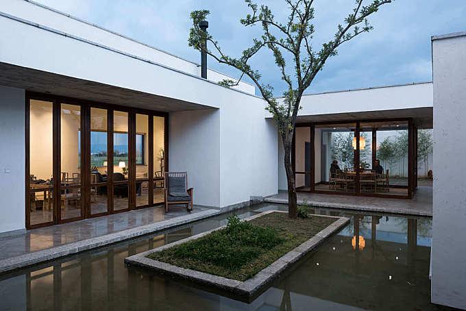 Zhu'an Residence by Zhaoyang Architects