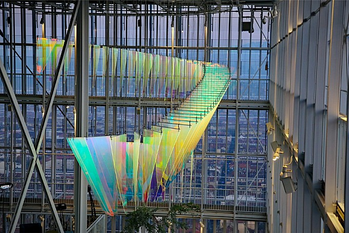 Stunning Light Installation in a Renzo Piano Skycraper