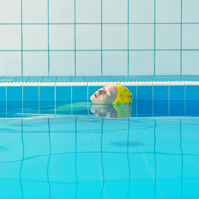 An Aesthetic Bathing with Maria Svarbova