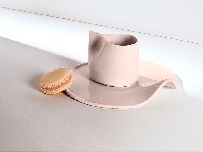 Elegant Tea Set Inspired by Movements