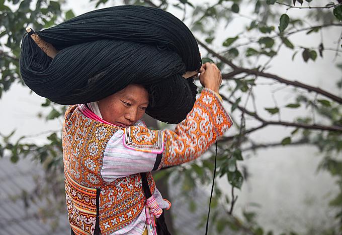 Guizhou : Longga village, Changjao Miao #9