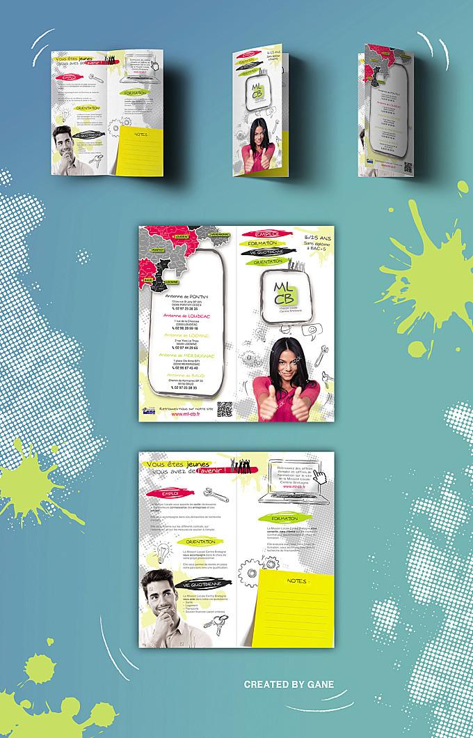 Brochure _ Bi-fold