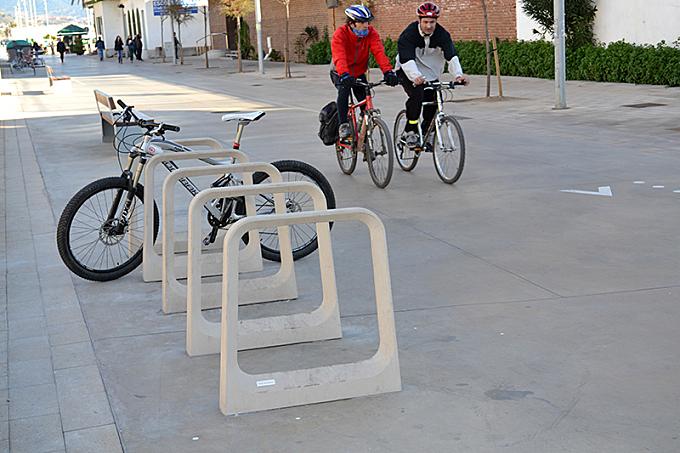 RAVAL Bike rack