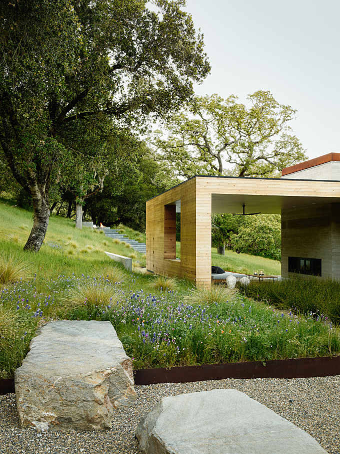 Landscape Architect Visit: The California Life, Outdoor Living Room Included