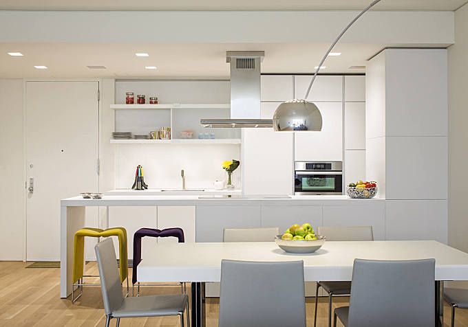 Upper East Side Apartment by James Wagman