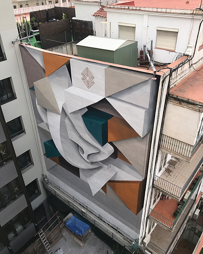 Abstract Shapes and New Three-Dimensional Murals by Peeta