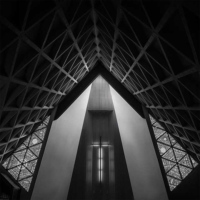 Burning Cross - Triangular
