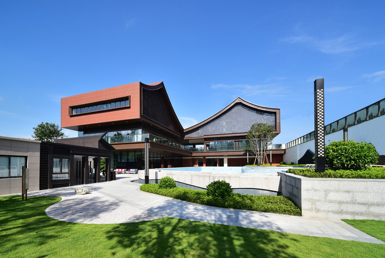 Poly He Clubhouse / ZHUBO DESIGN