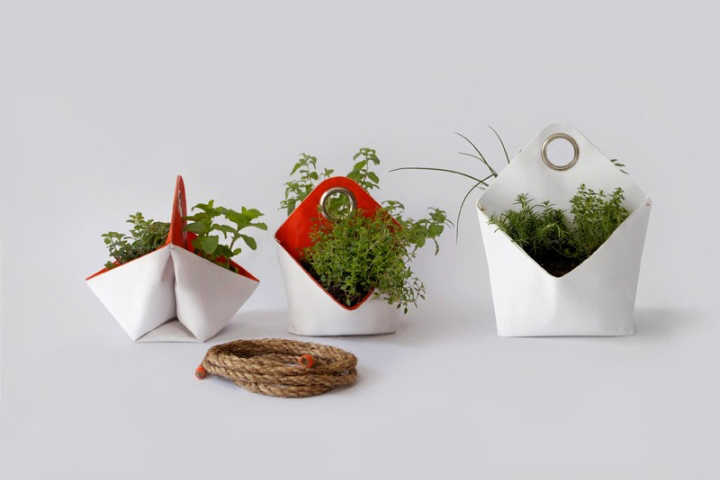 Nomad Portable Herb Planter by  The Garden Apartment