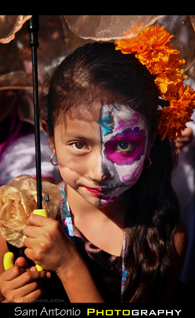 Making Photographs at the Day of the Dead - Oaxaca City, Mexico