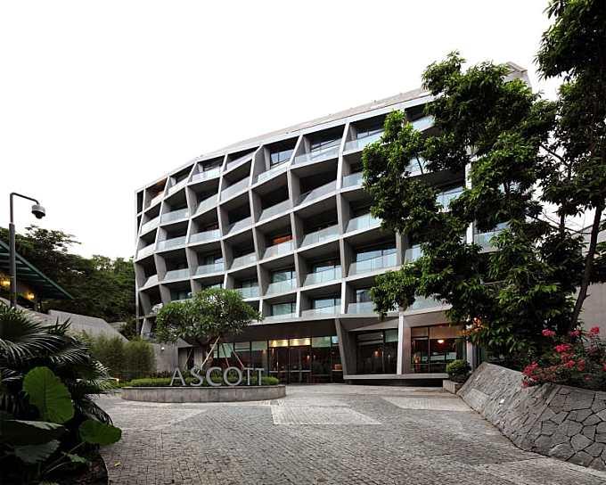 URBANUS · Maillen Hotel and Apartment