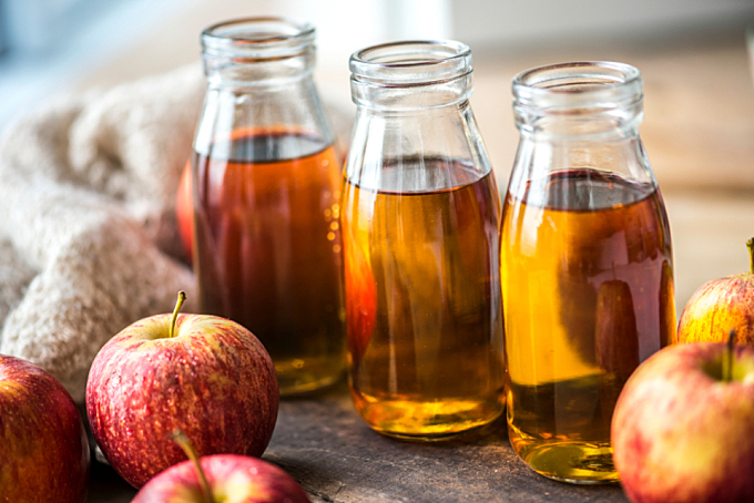 apple,  beverage,  bottle,  cider,  closeup,  cooking,  cuisine,  diet,  dieting,  dressing,  food,  food photography,  food styling,  fresh,  freshly squeezed,  fruit,  glass,  glass bottle,  harvest,  health,  healthy,  homemade,  ingredient,  juice,  liquid,  macro,  natural,  nutrition,  organic