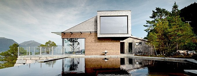 Cabin Straumsnes – Blend of traditional and modern Scandinavian design