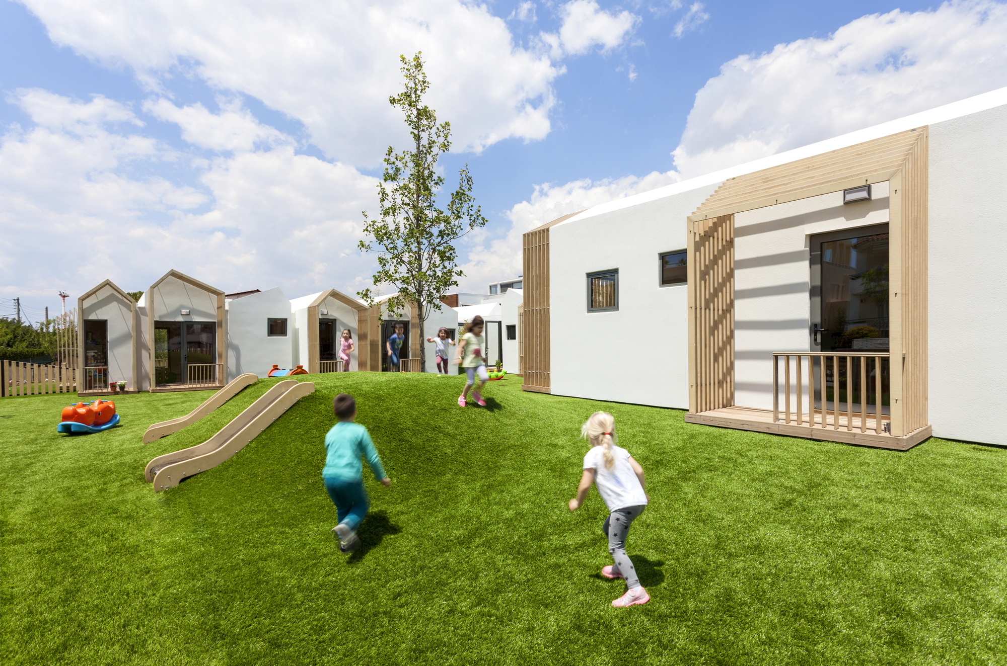 Public Nursery in Glyfada / KLab architecture