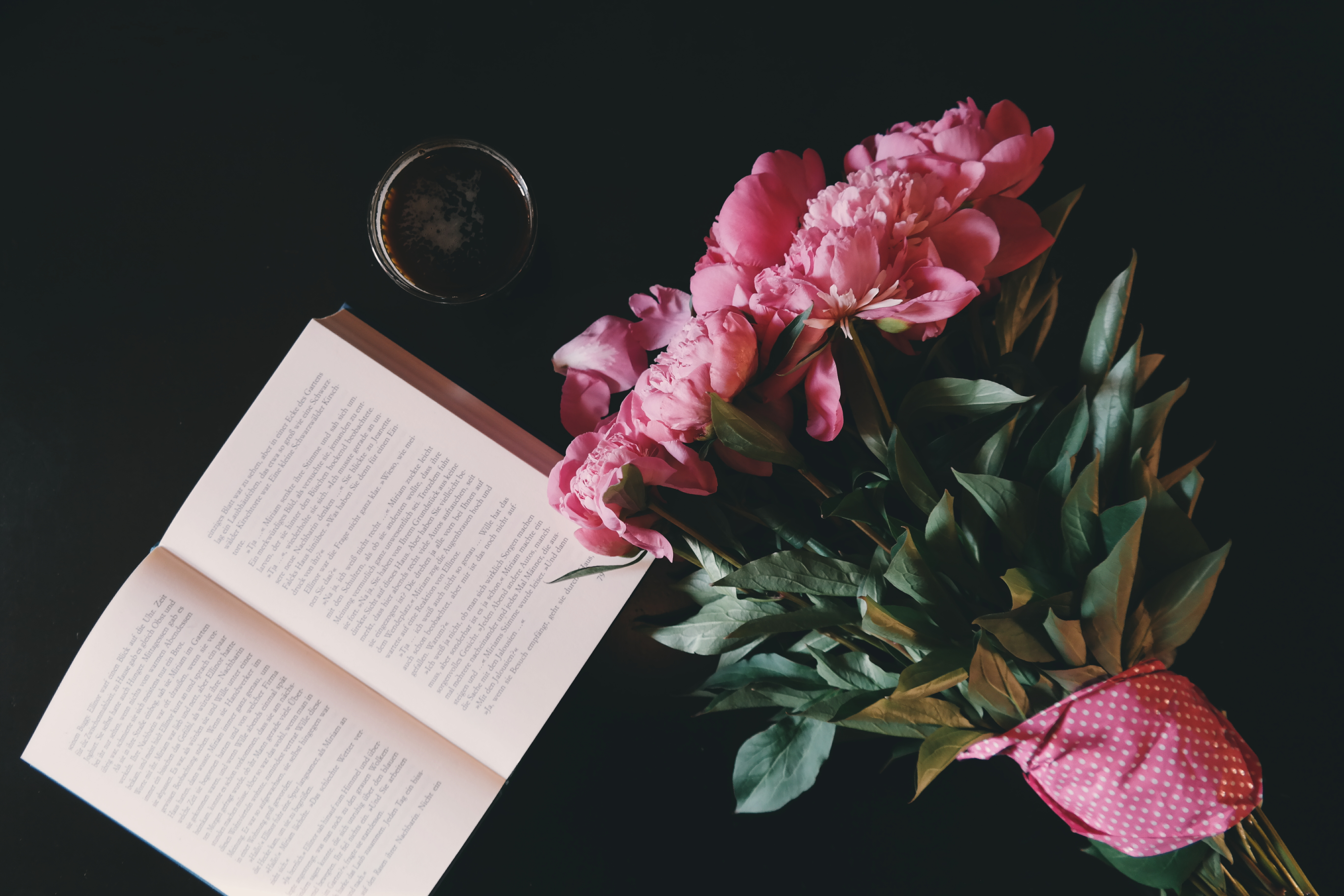 reading peony flower bouquets